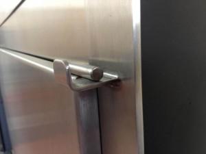 304Ss-door-close-up